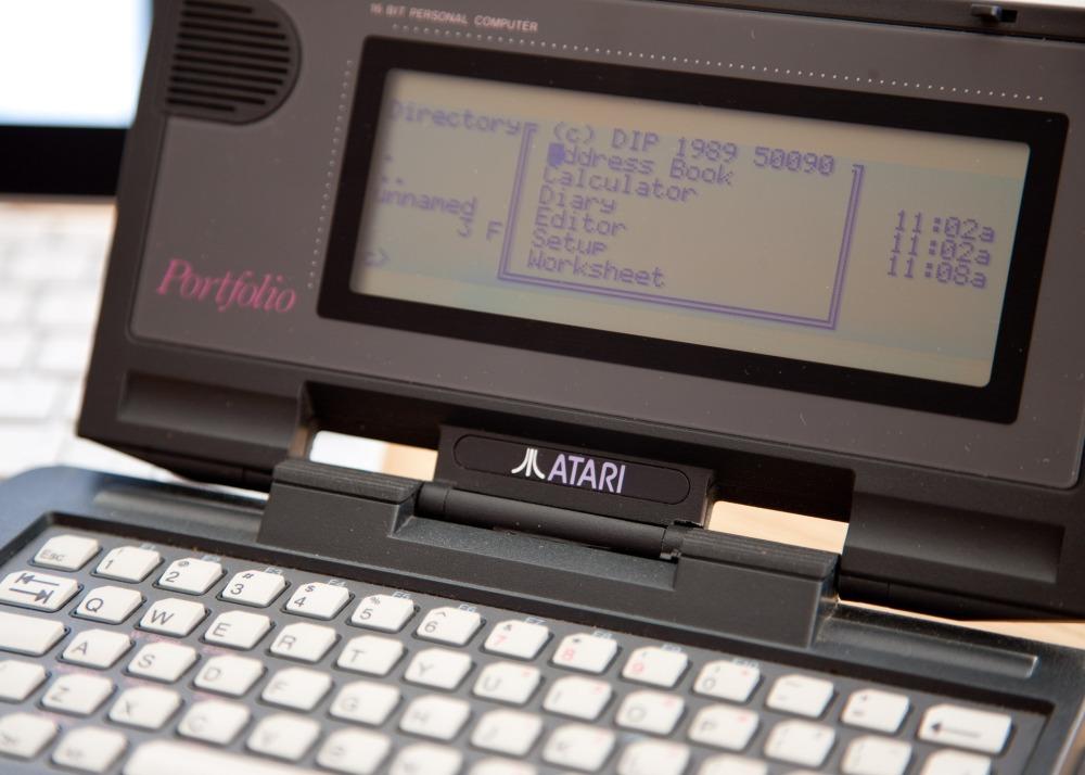 Atari Portfolio Versus Apple iPad, Sort Of... (3/4)