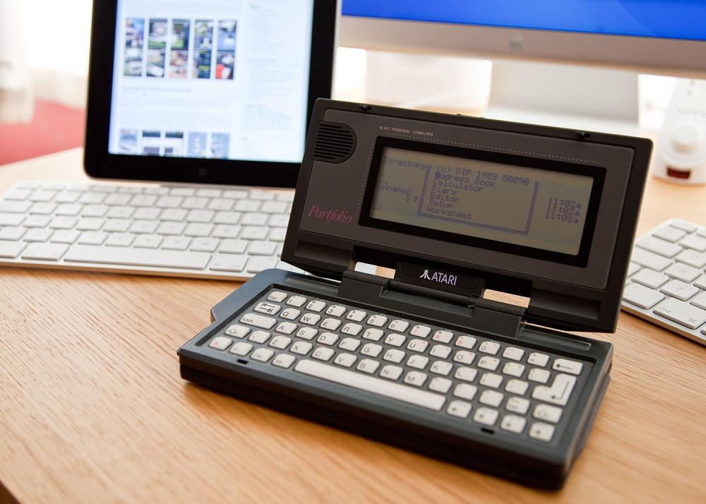 Atari Portfolio Versus Apple iPad, Sort Of... (4/4)