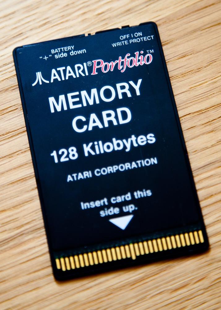 Atari Portfolio Versus Apple iPad, Sort Of... (2/4)